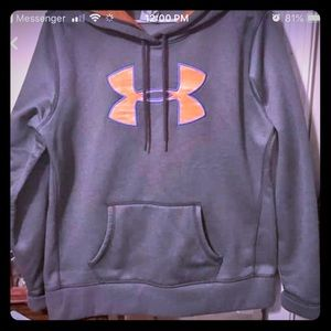 Women's Under Armour Hoodie- size large